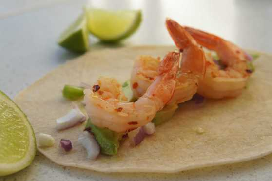 Taco with prawn and avocado