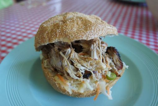 Pulled pork bun with coleslaw